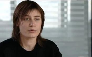 Angélique, chef de produit industrie pharmaceutique - une vidéo métier Pôle emploi