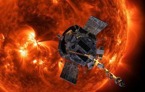 Vue d'artiste de la NASA représentant Parker Solar Probe approchant le Soleil. Credits: NASA/Johns Hopkins APL/Steve Gribben